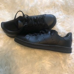 Adidas | Stan Smith Shoes - All Black Shoes